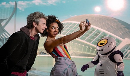 """Doctor Who Series 10, Episode 2: """"Smile"""" Review"""