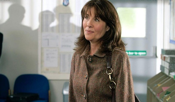 DW-SCHOOL-REUNION-SARAH-JANE