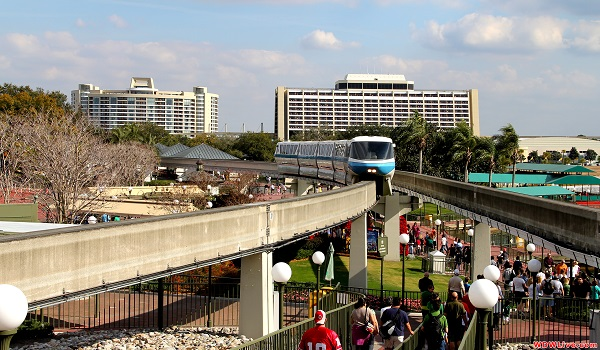 monorail-arriving-at-magic-kingdom-station-1-9